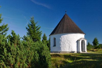 Kunštátská kaple - hřeben Orlických hor